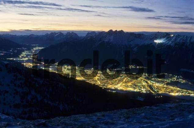 Inntal, Inn Valley, Innsbruck at night, Tyrol, Austria, Europe