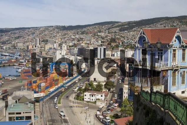 View of Valparaiso, Chile, Suedamerika