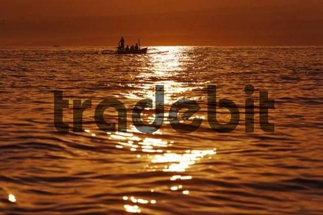 Boat at sunrise, Lovina Beach, Bali, Indonesia, Asia