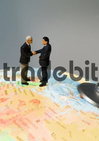 Symbolic image for international economic relations
