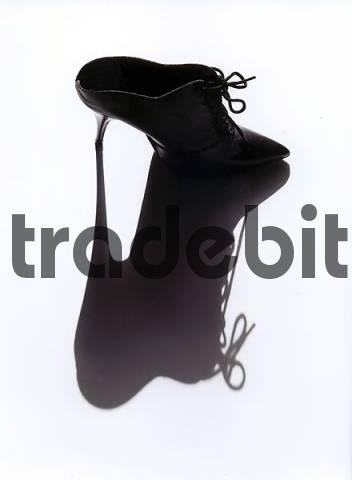 high heeled slipper