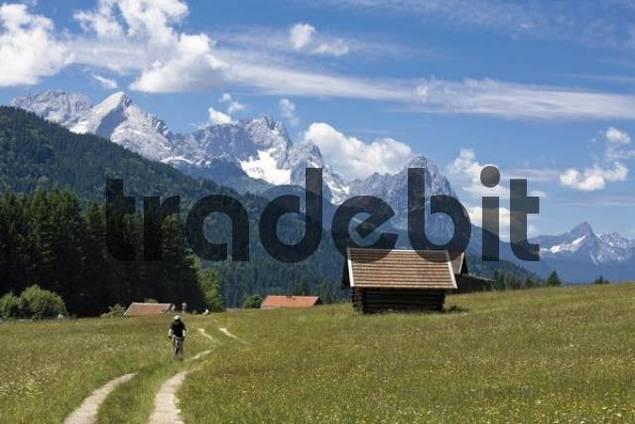 Zugspitzmassif, view from the Geroldsee Lake, Werdenfelser Land region, Upper Bavaria, Germany, Europe