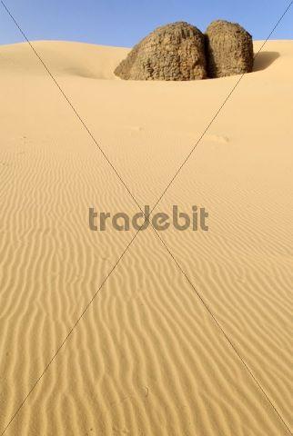 Rock formation and sand dune in Tin Akachaker, Tassili du Hoggar, Wilaya Tamanrasset, Algeria, Sahara, Africa