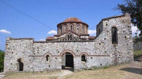 Chapel, ruins of the Byzantine city of Mystras, Laconia, Peloponnese, Greece, Europe