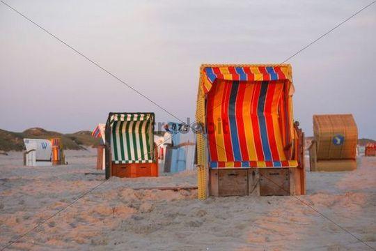 Roofed wicker beach chairs, Kniepsand, North Sea, Amrum Island, Schleswig-Holstein, Germany, Europe