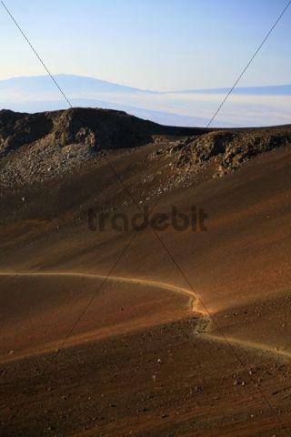 Sliding Sands Trail on the way into the crater of the Haleakala volcano, Haleakala National Park, Maui Island, Hawaii, USA, North America