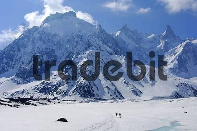 On the Glacier Mer de Glace Dome de Rochefort 4015 m Arret de Rochefort Dent du Geant 4013 m Chamonix Haute-Savoie France