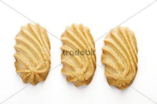Wavy shortbread biscuits