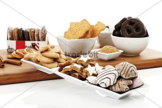 Assortment of christmas biscuits, vanilla biscuits, cinnamon star-shaped biscuits, gingerbread, spiced biscuits