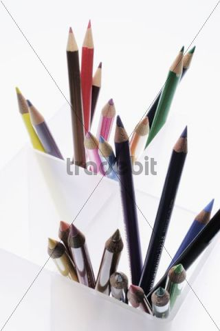 Coloring pencils, colored pencils