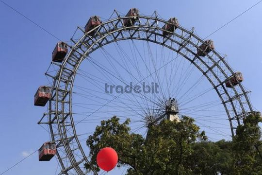 Big wheel at the Wiener Prater, Vienna, Austria, Europe