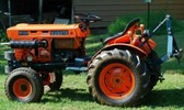Thumbnail Kubota B6100HST-E Tractor Illustrated Master Parts Manual INSTANT DOWNLOAD