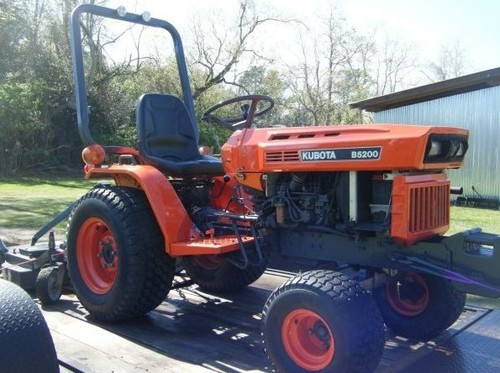 Free Kubota B5200D Tractor Illustrated Master Parts Manual INSTANT DOWNLOAD  Download thumbnail