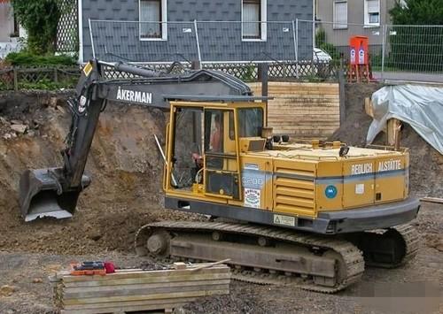 247825974_VolvoEC200AKERMAN PM volvo ec200 akerman excavator service parts catalogue manual instan  at bayanpartner.co