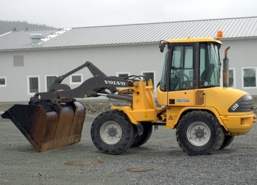 volvo l35b compact wheel loader service parts catalogue manual inst rh tradebit com caterpillar 966h wheel loader parts manual Wheel Loader Brake System