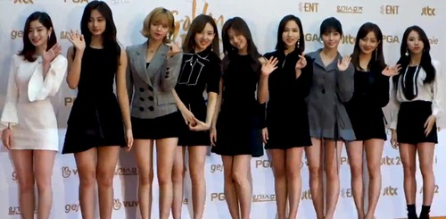 Pay for Stunning Twice Photos Album (Beautiful and Exquisite Photos)