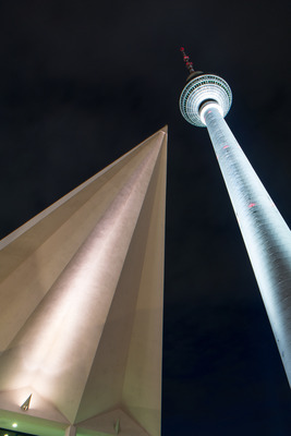 Pay for Berlin TV-Tower