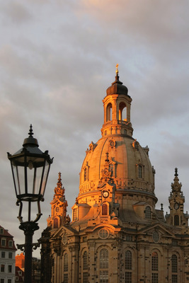Pay for Frauenkirche in the afterglow