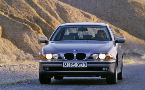 Pay for 1982-2002 BMW 5 Series Workshop Service Manuals